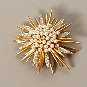 Jomaz Vintage Gold Tone Crystal Faux Pearl Pin